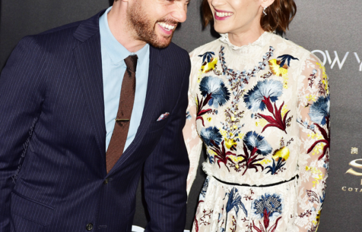 Tom Riley & Lizzy Caplan